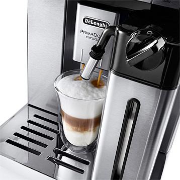 DeLonghi Kaffeevollautomat mit Milchaufschäumer