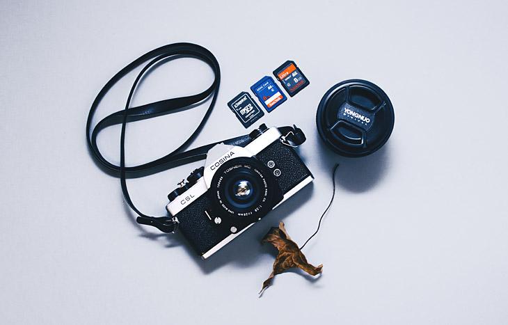 SD-Speicherkarten + Kamera