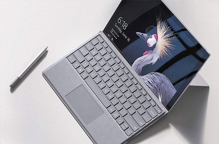 Microsoft Tablet-PC mit Tastatur